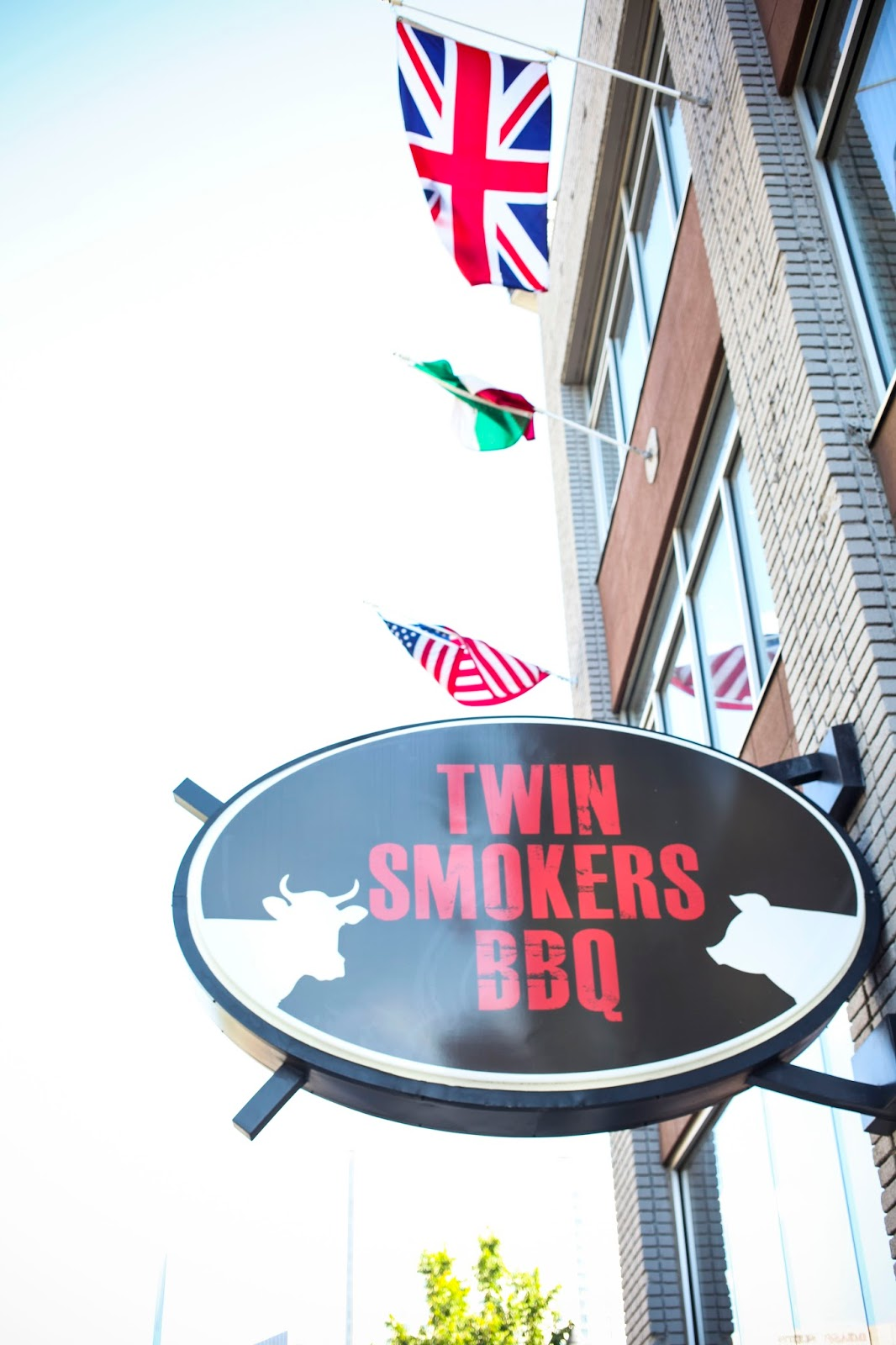 Exterior sign of Twin Smokers BBQ