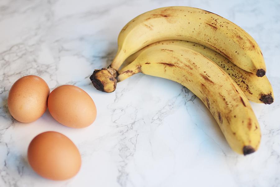 kahe koostisosaga banaanipannkoogid