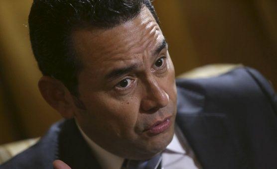 Jimmy Morales reconoce situación difícil de su familia