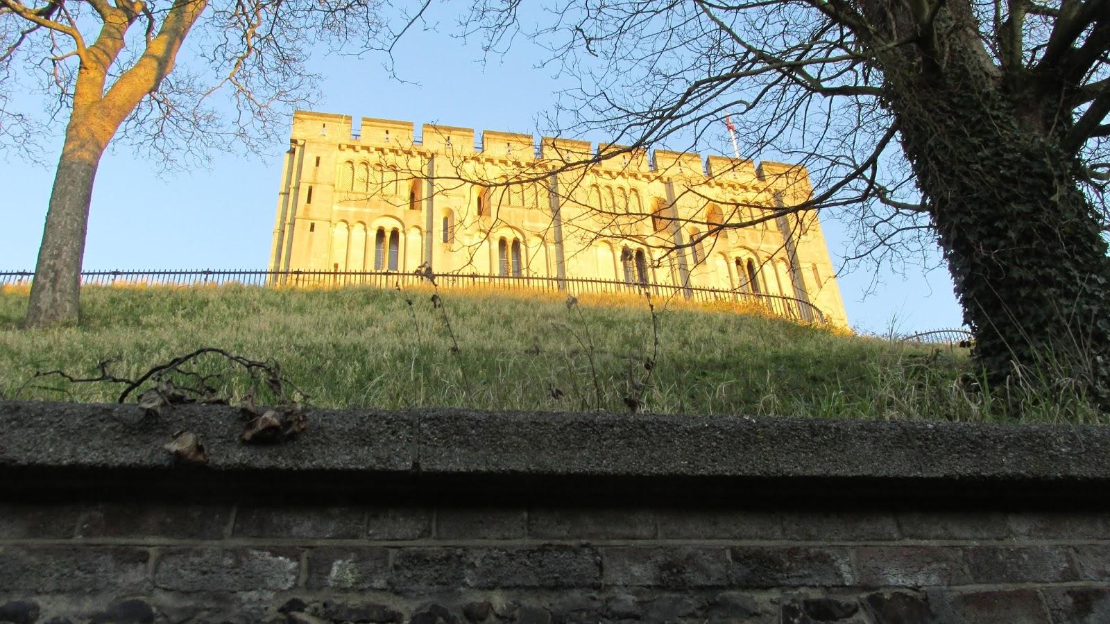 crimson kettle: Norwich Castle