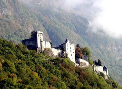 Château de Miolans - St Pierre d'Albigny - P. Naturel Bauges - Savoie Mont Blanc - Raïh