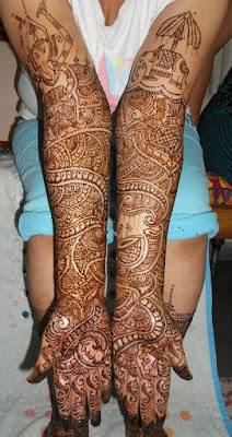 latest-traditional-indian-mehndi-designs-pattern-2017-for-hands-11