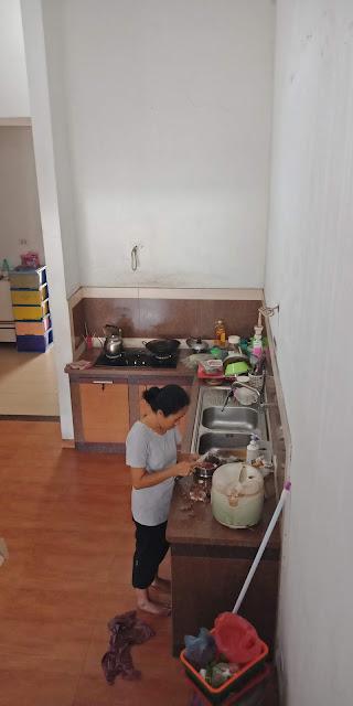 Dapur Rumah Mewah Modern Di Jalan Kemiri II Simpang Limun Medan Sumatera Utara - 0812 8383 8397