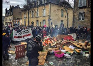 Multitudinarias marchas contra la reforma laboral de Hollande vuelven a inundar las ciudades francesas