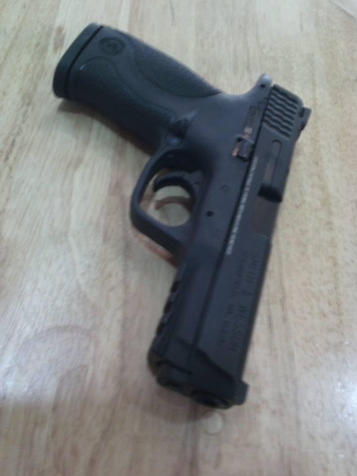 Marco Armas: Smith & Wesson MP9