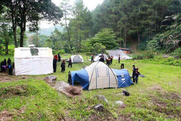 Camping di Curug Tujuh Panjalu