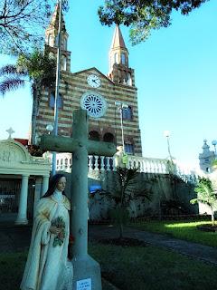 Cruz de Santa Teresinha e Igreja Matriz, Encantado (RS)