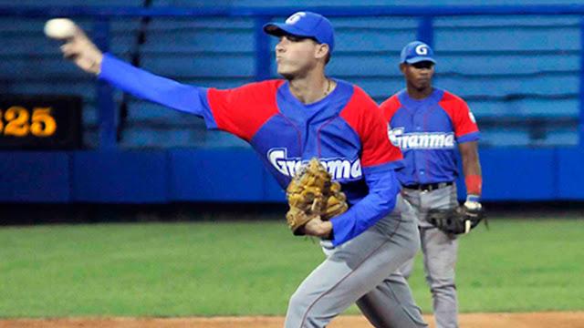 El lanzador granmense Lázaro Blanco vuelve a estar en otra gran campaña Foto: Juan Moreno