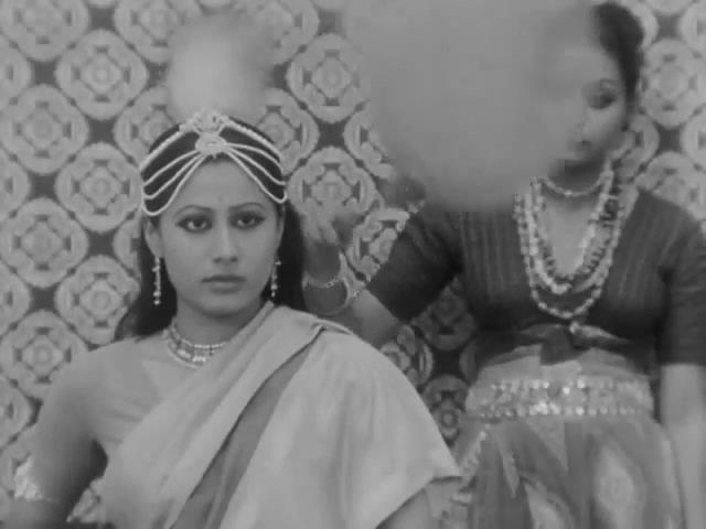 Screen Shot Of Hindi Movie Charandas Chor (1975) Download And Watch Online Free at worldfree4u.com