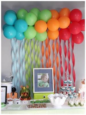 decorar decora decoração festa aniversario bola balão balões bexiga bexigas enfeite enfeitar mesa bolo lindo facil simples barato criativo teto fitilho fitas colorido