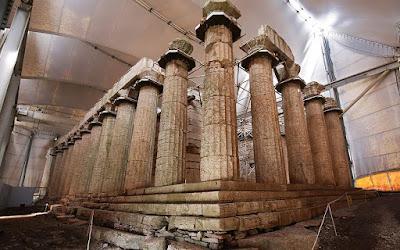 «Φιλί ζωής» για μνημεία UNESCO