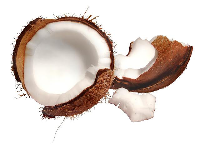 O coco refresca e auxilia na prevenção do câncer
