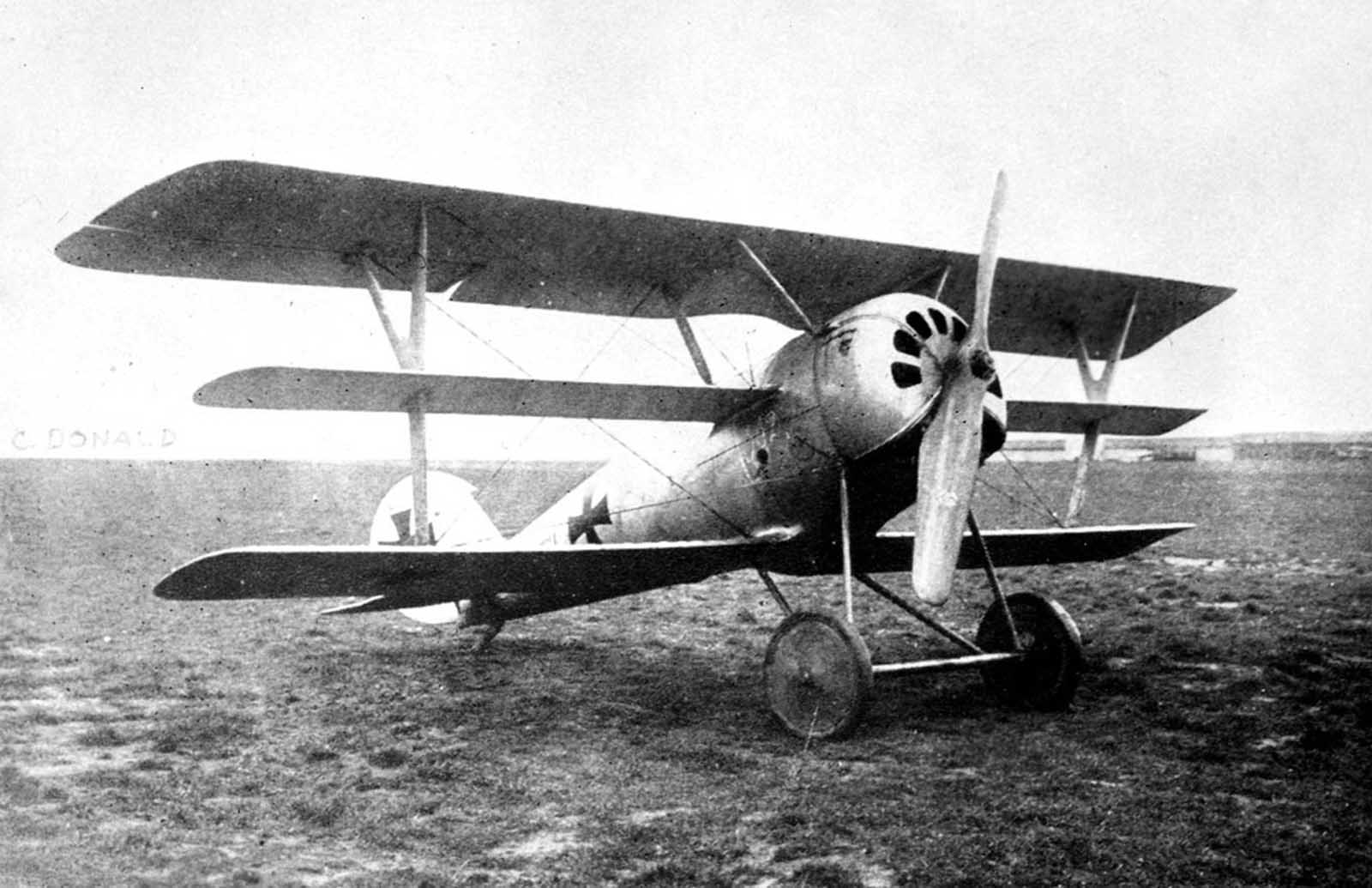 A German Pfalz Dr.I single-seat triplane fighter aircraft, ca. 1918.