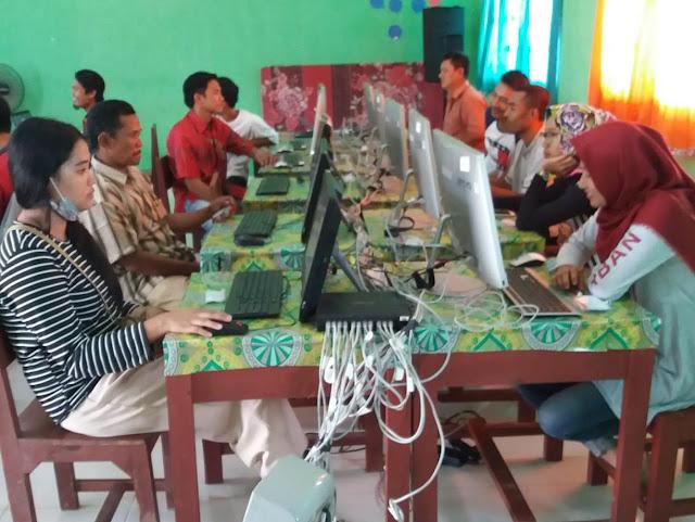 37 Siswa PKBM Bhakti Pertiwi Ikuti UNBK Paket C