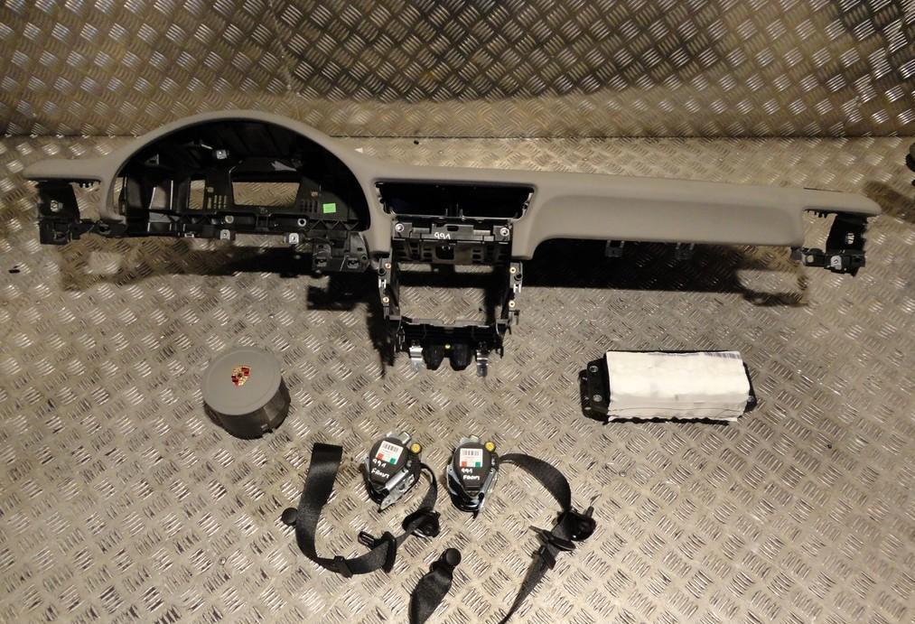 pieces discount tableau de bord complet porsche 911. Black Bedroom Furniture Sets. Home Design Ideas