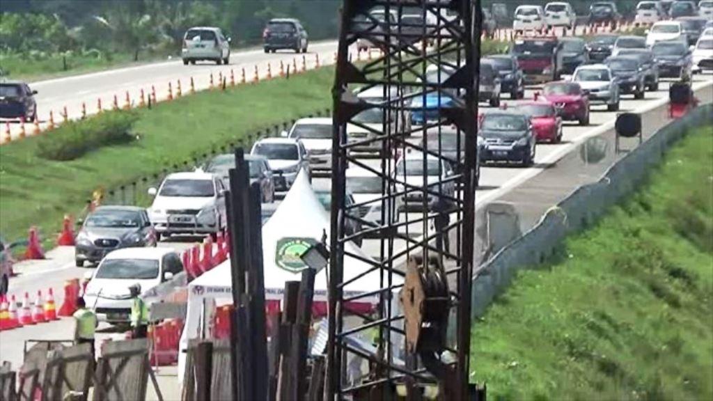 Tol Cipali KM 103 Wilayah Subang Padat