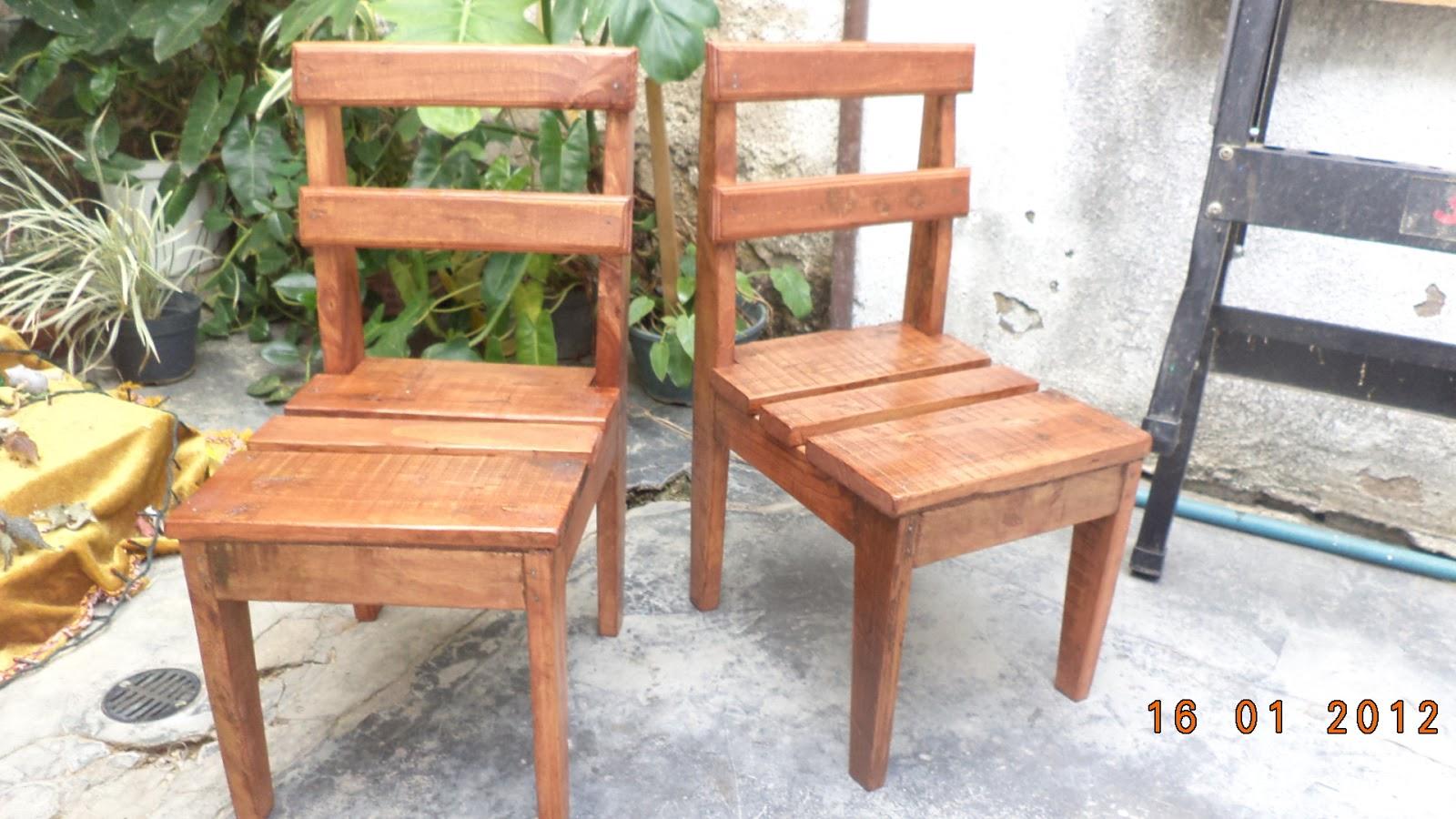 Bricopalets sillas para ni os as con madera de palets - Sillas con palets ...