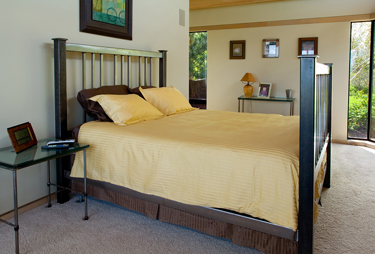Кровать-сейф