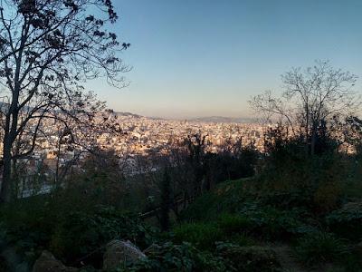 Veduta della città di Barcellona calla collina di Sants-Montjuïc