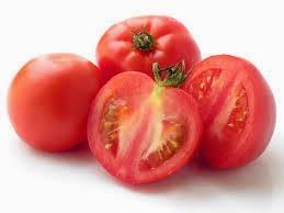 Tomat untuk menghaluskan kulit wajah