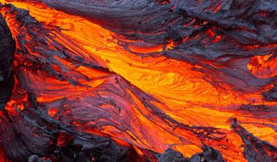 Cosa provoca eruzioni vulcaniche