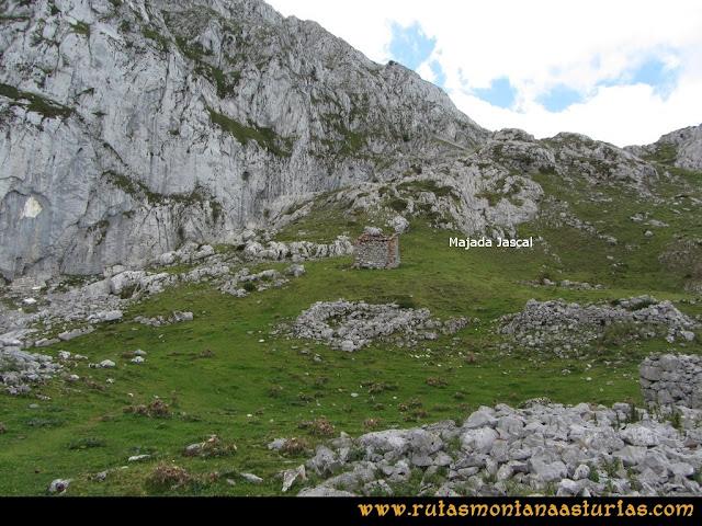 Ruta al Cabezo Llerosos desde La Molina: majada Jascal