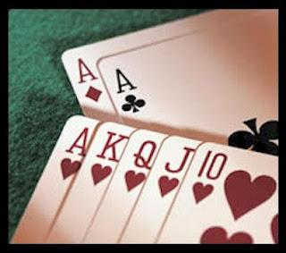 Συνελήφθησαν δεκατρία άτομα για διενέργεια του παράνομου τυχερού παιγνίου «πόκερ»