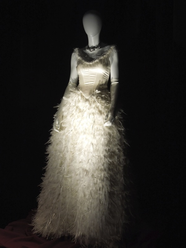 Snow White feathered wedding dress Once Upon a Time