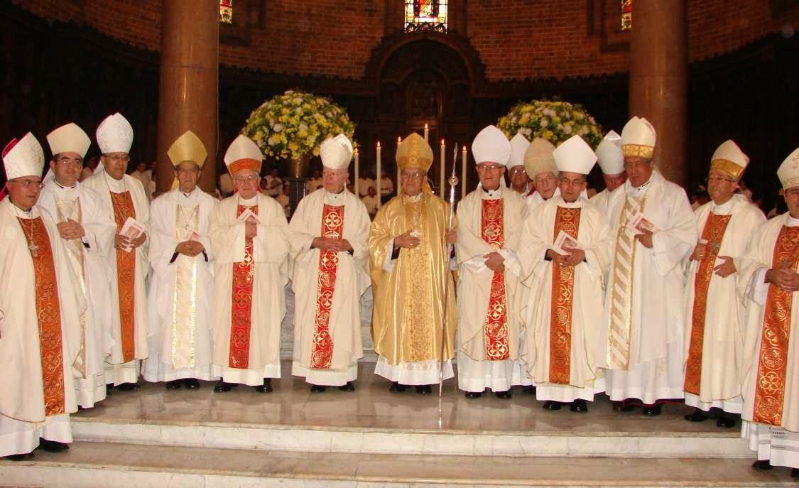 Obispos y promulgacion de la ley eclesiastica