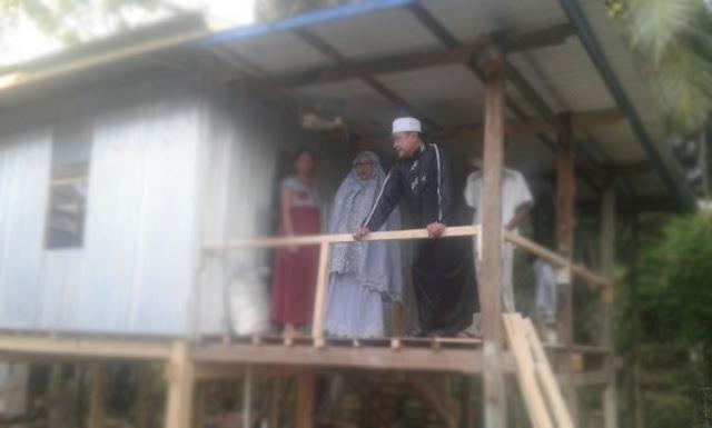 Sehabis Ceramah, Wakil Bupati Soppeng Kunjungi Bedah Rumah -lensapos.com