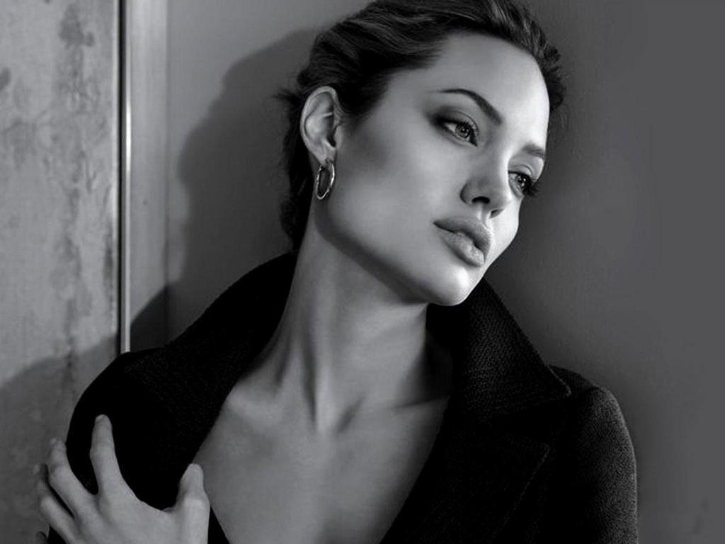 Prime Celebrity Hairstyle Angelina Jolie Short Hairstyles Short Hairstyles For Black Women Fulllsitofus