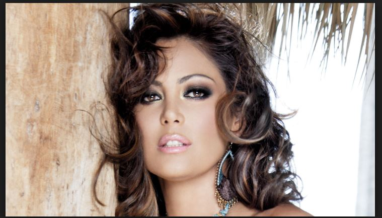 Jackeline Arroyo Nude Photos 34
