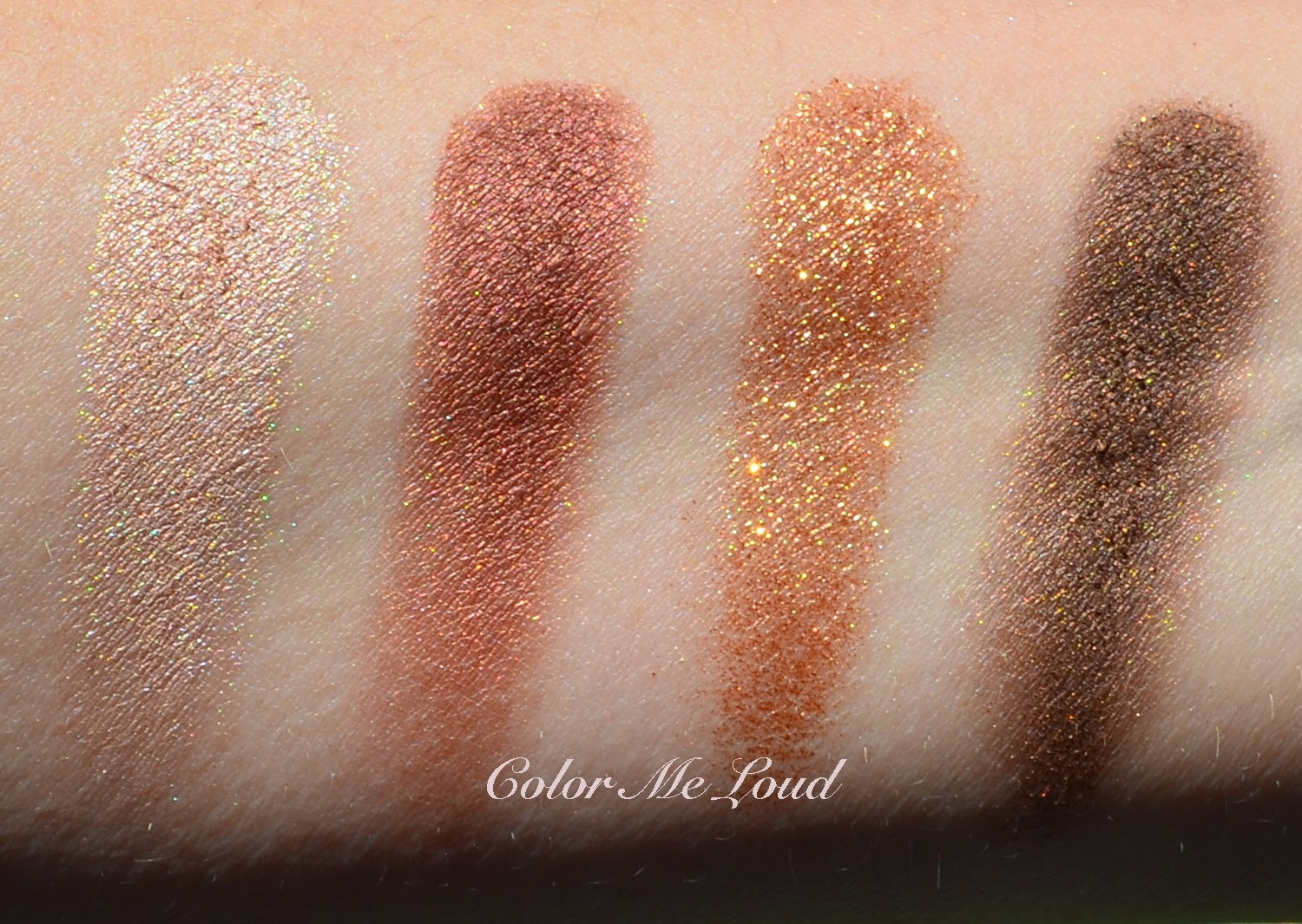 86ca79763fbc Swatch with direct sun: Charlotte Tilbury Luxury Eye Shadow Palette in Dolce  Vita