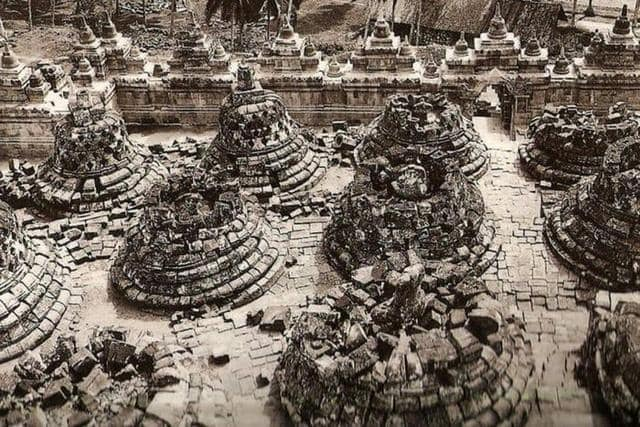 Penemuan Candi Borobudur
