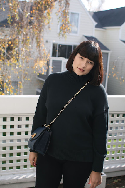 Casual look, postpartum, ootd, wiwt, Fbloggers, Everlane, knitwear, winter, all black outfit