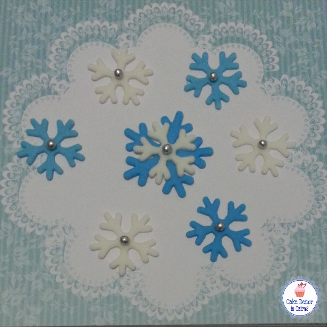 How to use Snowflake Fondant Cutters for Frozen theme Christmas