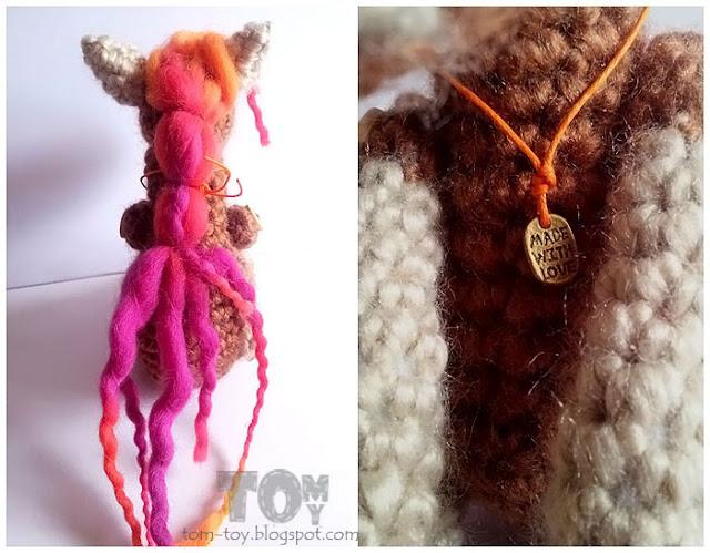 Crochet horse toy