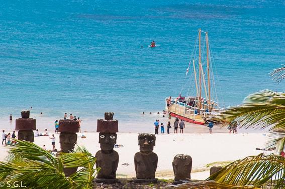 Playa de Anakena en Isla de Pascua