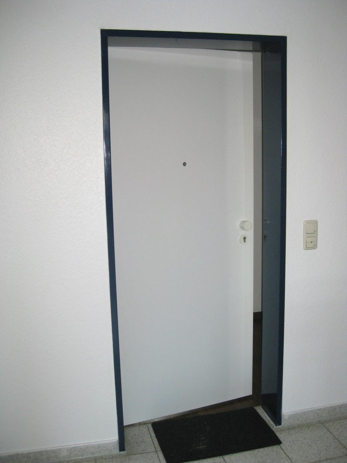 German Apartment Tour Entrance