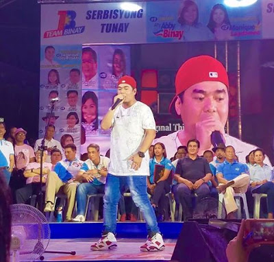 Rapper Gloc 9 endorsing Binay.