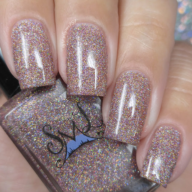 Smokey Mountain Lacquers - Puttin' On The Glitz