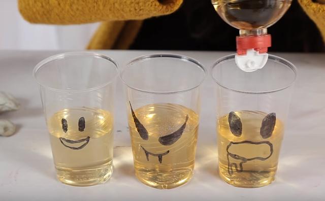 fantasmas, hallloween, vasos, plastico, vinagre, experimento