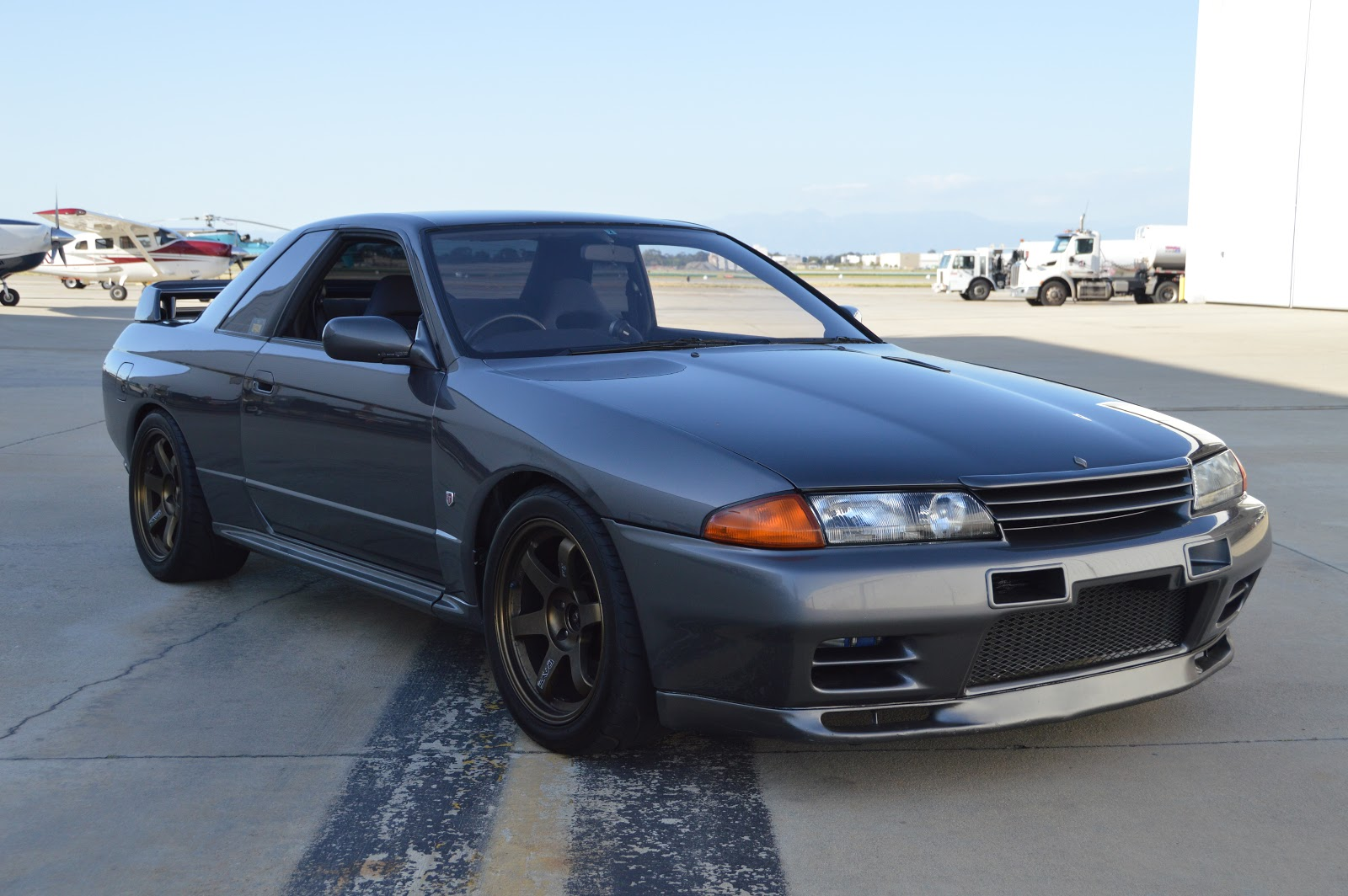 nissan skyline gt r s in the usa blog what wheels fit my r32 nissan skyline gt r. Black Bedroom Furniture Sets. Home Design Ideas