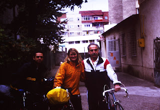 Meet people when you cycle tour
