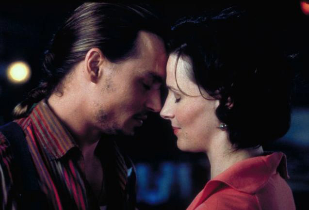 """Chocolat"" movie still, Johnny Depp and Juliette Binoche - http://www.linenandlavender.net/2012/02/recipe-for-romantic-evening.html"