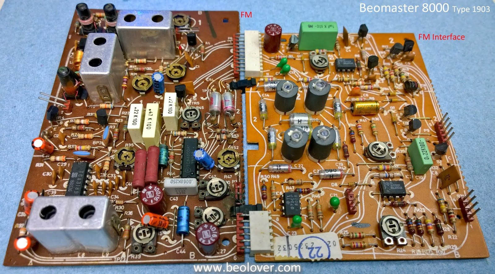 Beolover Texas Beomaster 8000 Fm And Interface Boards Circuit Board I Removed The Components Was Replacing You Can See Corroded Area Am Talking About