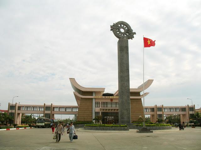 cua-khau-moc-bai