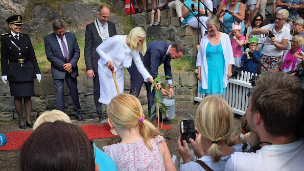 Prince Haakon and Princess Mette-Marit celebrated Grimstad's 200th anniversary