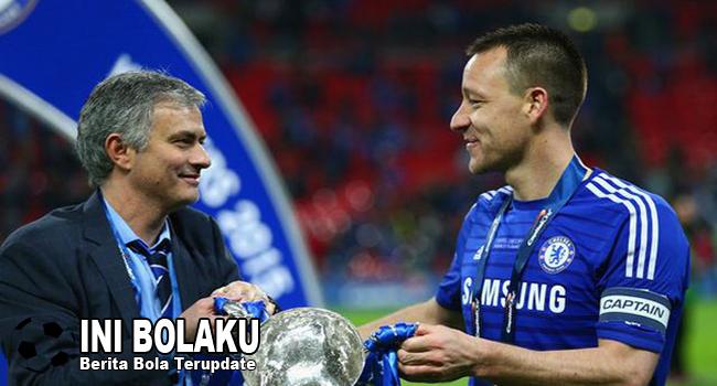 John Terry Tak Yakin Mourinho Bisa Bawa MU Juara