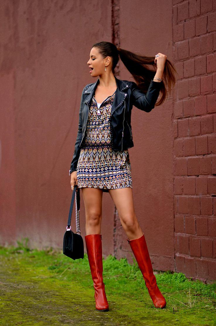 Tamara Chloé. Ethnic print dress, Seventies style dress,
